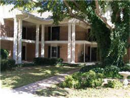 Rental Homes for Rent, ListingId:34670442, location: 5059 Ridglea Lane Ft Worth 76116