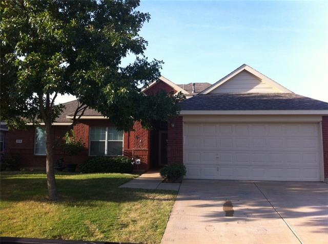 Rental Homes for Rent, ListingId:34692125, location: 2616 Clubhouse Drive Denton 76210
