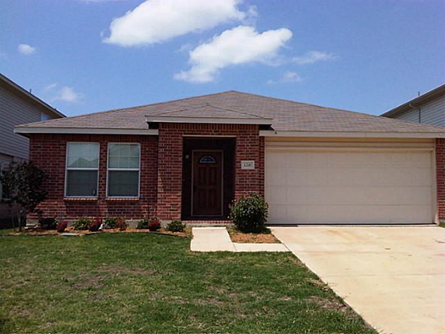 Rental Homes for Rent, ListingId:34691998, location: 1216 Gayle Street Burleson 76028