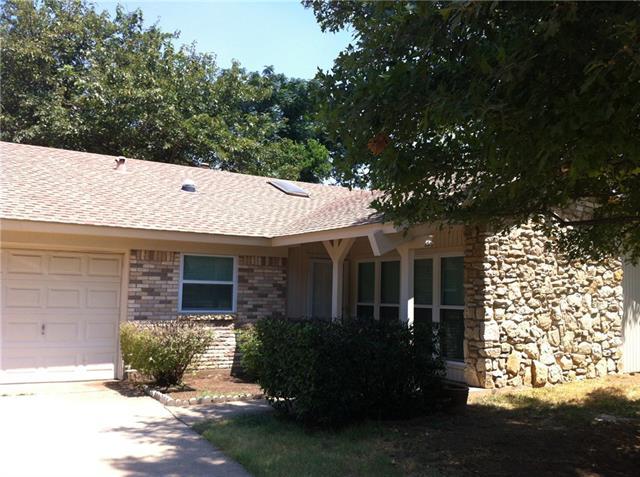 Rental Homes for Rent, ListingId:34822621, location: 2701 Blackwood Drive Arlington 76013