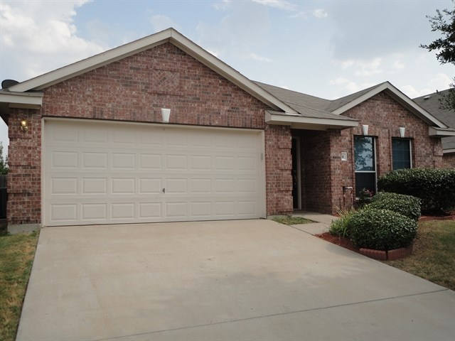 Rental Homes for Rent, ListingId:34698526, location: 124 Valley View Drive Waxahachie 75167