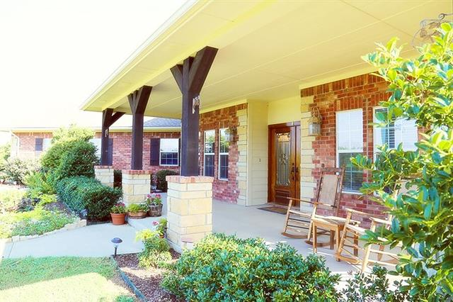 209 Studebaker Rd, Whitewright, TX 75491