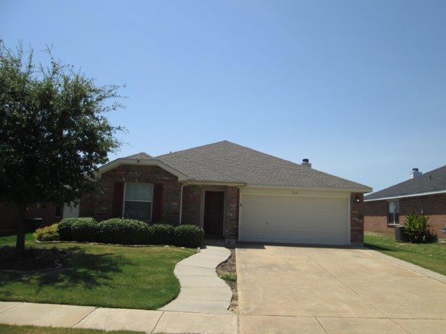 Rental Homes for Rent, ListingId:34727643, location: 719 Rock Springs Drive Burleson 76028