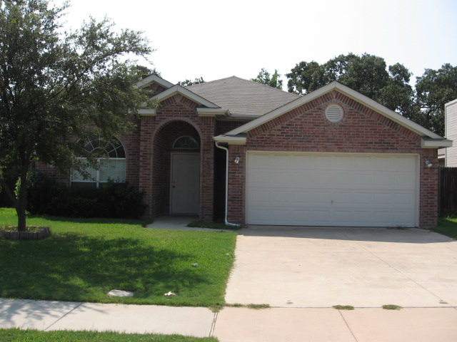 Rental Homes for Rent, ListingId:34737013, location: 808 Mercy Lane Irving 75061