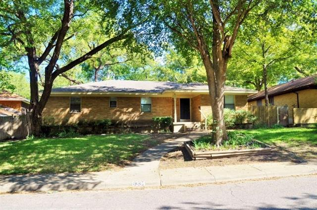 Rental Homes for Rent, ListingId:34769024, location: 6334 Forest Knoll Trail Dallas 75232