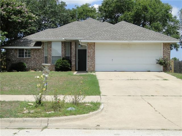 Rental Homes for Rent, ListingId:34804156, location: 2605 Whispering Oaks Denton 76209