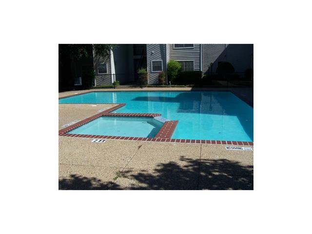 Rental Homes for Rent, ListingId:34822606, location: 9747 Whitehurst Drive Dallas 75243