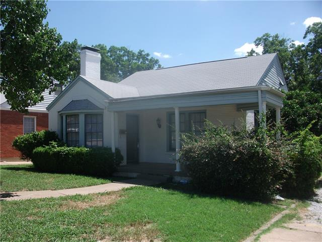 Rental Homes for Rent, ListingId:34822256, location: 2833 Merida Avenue Ft Worth 76109
