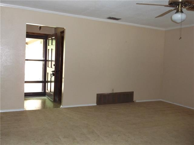 Rental Homes for Rent, ListingId:34919246, location: 1604 Spring Branch Drive Cleburne 76033