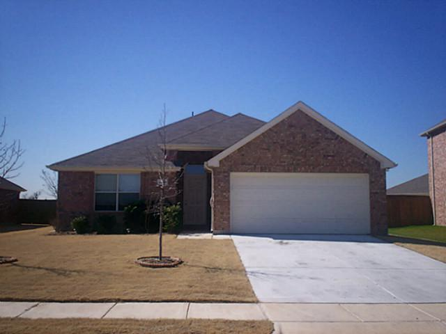 Rental Homes for Rent, ListingId:34849469, location: 3620 Applewood Road Melissa 75454