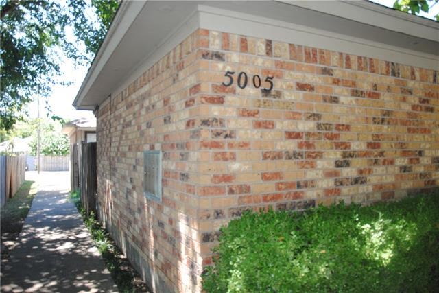 Rental Homes for Rent, ListingId:34840977, location: 5005 Geddes Avenue Ft Worth 76107