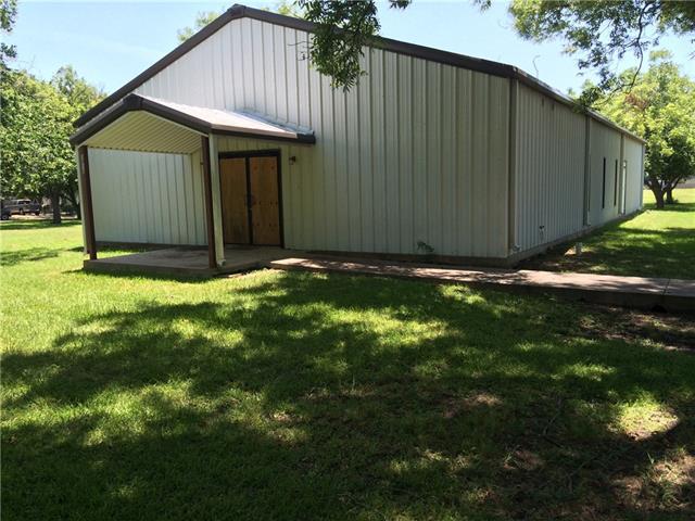 1301 W 14th Ave, Corsicana, TX 75110