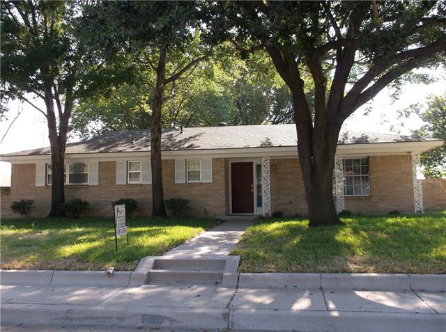 Rental Homes for Rent, ListingId:34898584, location: 218 Priddy Lane Ft Worth 76114