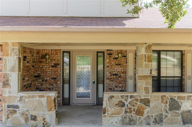 Rental Homes for Rent, ListingId:35051251, location: 4212 Village Green Drive Irving 75038