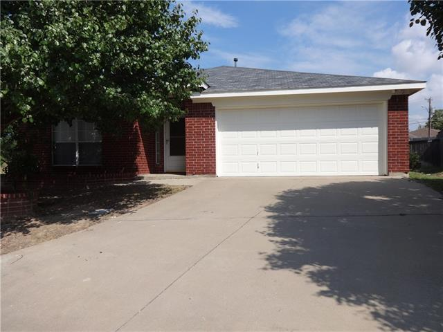 Rental Homes for Rent, ListingId:34919171, location: 10260 Eureka Springs Court Ft Worth 76108