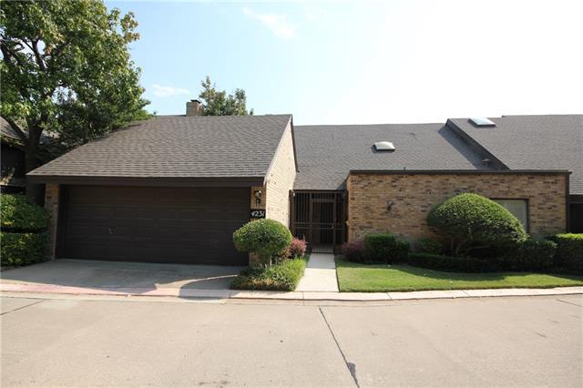 Single Family Home for Sale, ListingId:35750329, location: 4231 Brook Tree Drive Ft Worth 76109