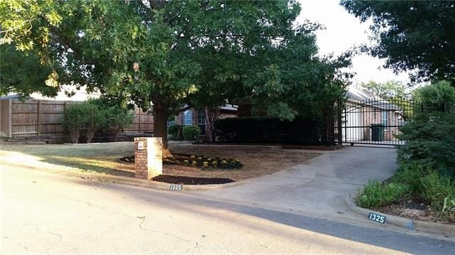 Rental Homes for Rent, ListingId:35153877, location: 1325 Lakeside Drive Southlake 76092