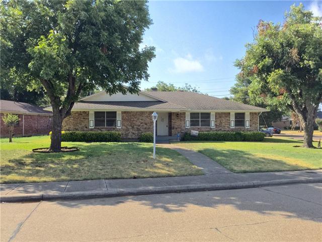 Rental Homes for Rent, ListingId:35034461, location: 5304 Banting Way Dallas 75227