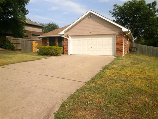 Rental Homes for Rent, ListingId:35033119, location: 637 Ozark Avenue Burleson 76028