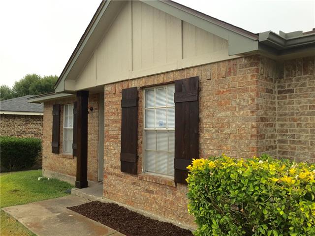 Rental Homes for Rent, ListingId:35033192, location: 906 Woodcrest Drive Lancaster 75134