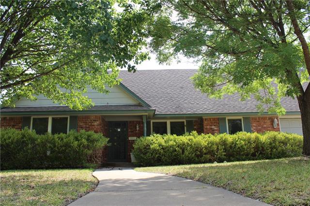 Real Estate for Sale, ListingId: 35036470, Benbrook,TX76116