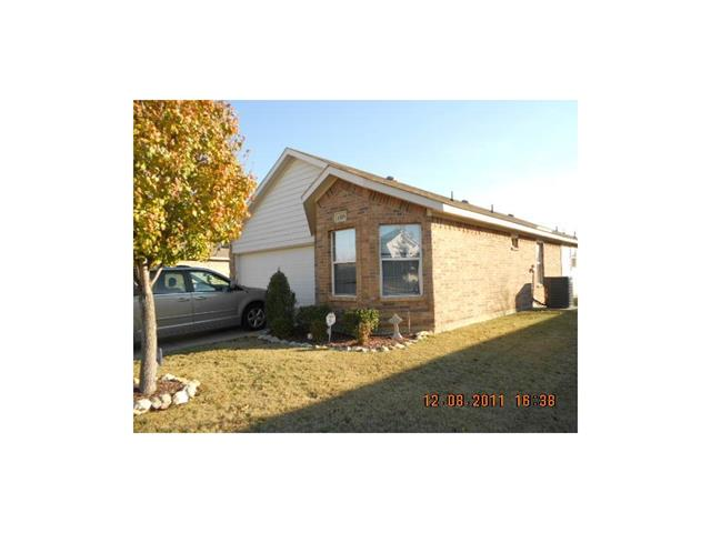 Rental Homes for Rent, ListingId:35051059, location: 1105 Cottonwood Drive Crowley 76036