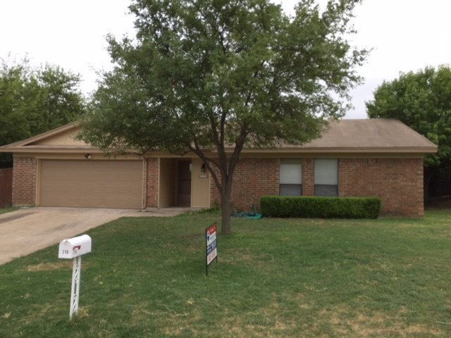 Rental Homes for Rent, ListingId:35072879, location: 216 Jeaneta Avenue Benbrook 76126