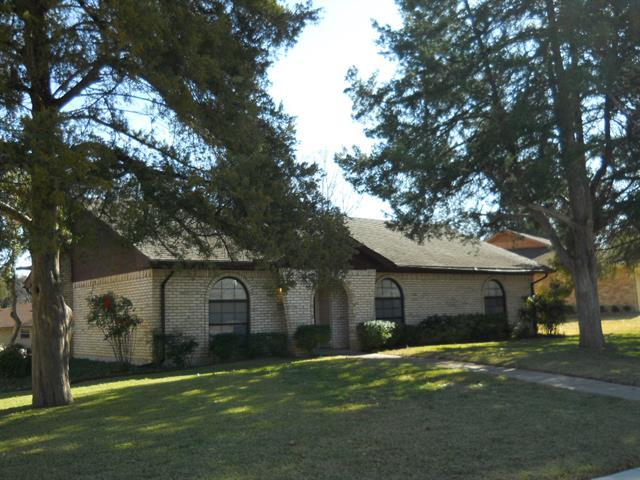 Rental Homes for Rent, ListingId:35072927, location: 304 Brookwood Drive Desoto 75115
