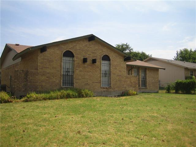 Rental Homes for Rent, ListingId:35107738, location: 7810 Mirage Valley Drive Dallas 75232