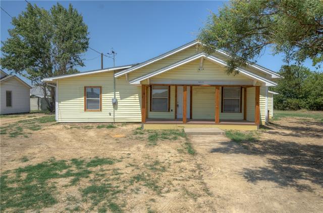 Rental Homes for Rent, ListingId:35101588, location: 323 E Lloyd Street Krum 76249