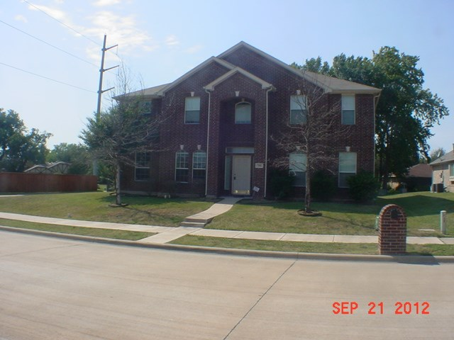 Rental Homes for Rent, ListingId:35101623, location: 701 Belclaire Terrace Desoto 75115
