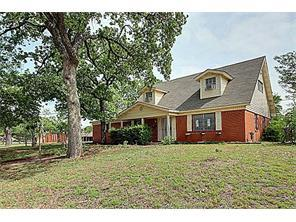 Rental Homes for Rent, ListingId:35107902, location: 4451 S Edgewood Terrace S Ft Worth 76119