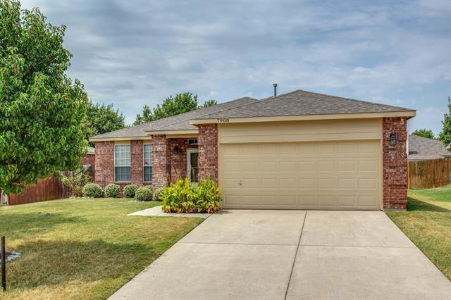 Rental Homes for Rent, ListingId:35130397, location: 7908 Mirror Rock Lane Denton 76210