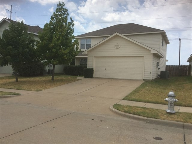 Rental Homes for Rent, ListingId:35130356, location: 1581 Wildflower Drive Waxahachie 75165
