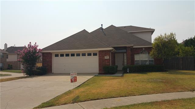 Rental Homes for Rent, ListingId:35132362, location: 4311 Rebecca Court Grand Prairie 75052