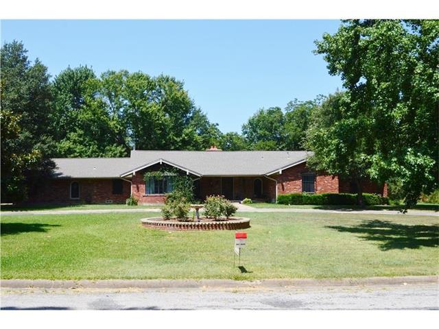 1803 Thomas Lee Rd, Bonham, TX 75418