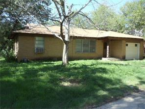 Rental Homes for Rent, ListingId:35257811, location: 303 N Wood Street N Cleburne 76033
