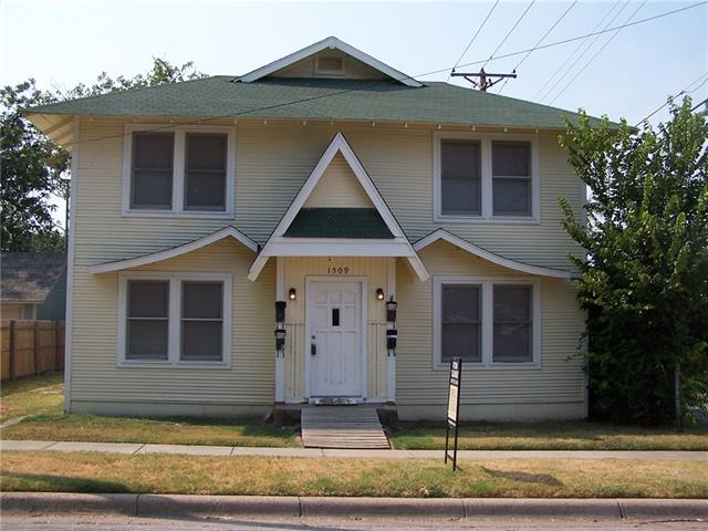 Rental Homes for Rent, ListingId:35157503, location: 1509 Park Place Avenue Ft Worth 76110