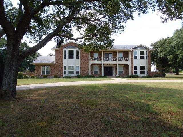 Rental Homes for Rent, ListingId:35157396, location: 102 Cedar Drive Oak Leaf 75154