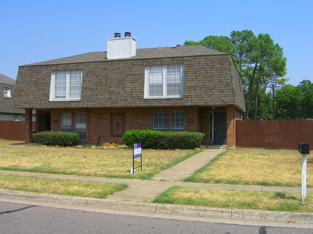 Rental Homes for Rent, ListingId:35172784, location: 1309 Lovell Drive Arlington 76012