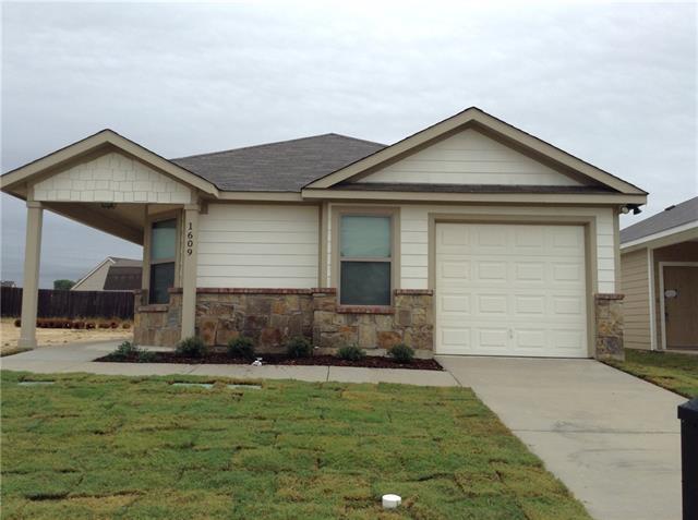 Rental Homes for Rent, ListingId:35200756, location: 1609 Village Park Trail Burleson 76028