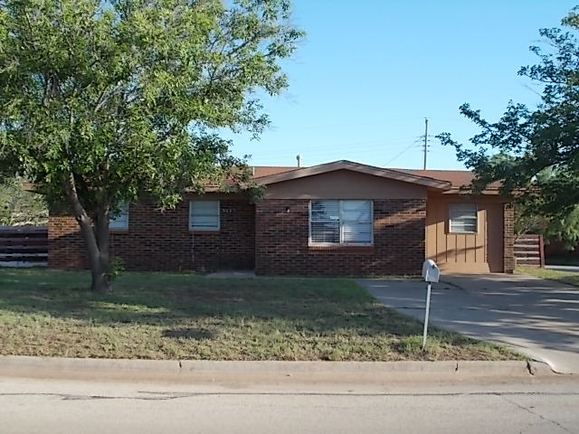 Rental Homes for Rent, ListingId:35212645, location: 5267 Lamesa Avenue Abilene 79605
