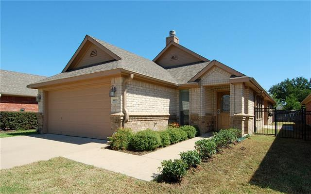 Rental Homes for Rent, ListingId:35244912, location: 9033 Racquet Club Drive Ft Worth 76120