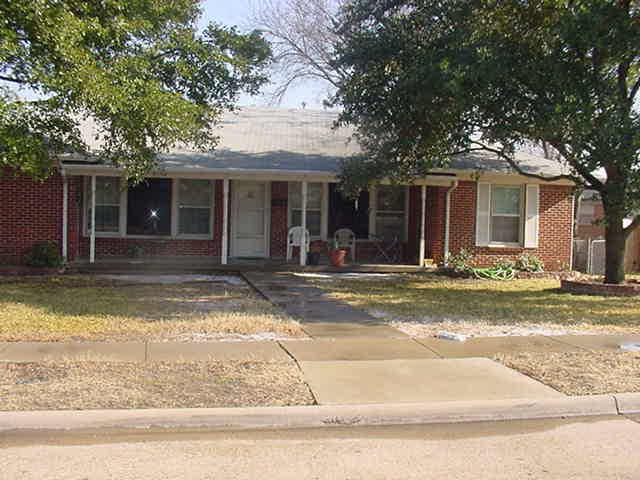 Rental Homes for Rent, ListingId:35257615, location: 9532 Dixie Lane Dallas 75228