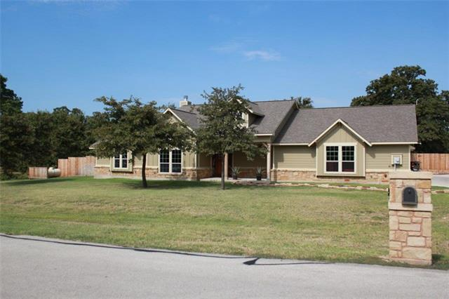 715 Clear Water Ct, Corsicana, TX 75109