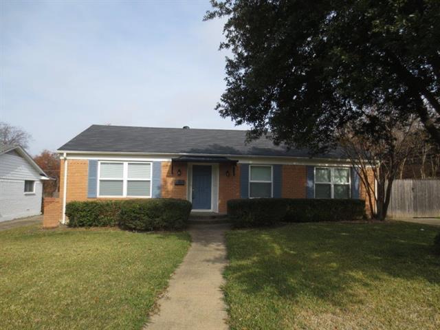 Rental Homes for Rent, ListingId:35315820, location: 816 Sherwood Drive Richardson 75080