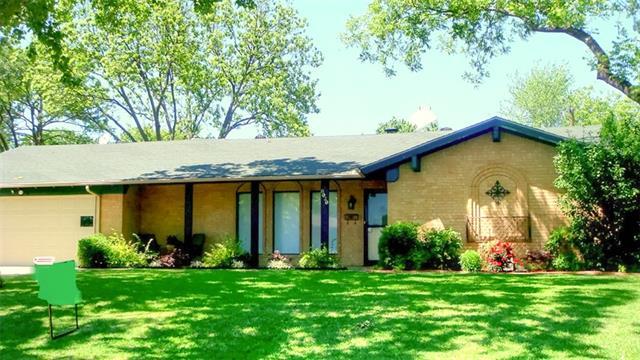 Rental Homes for Rent, ListingId:35355697, location: 8020 Lifford Street Benbrook 76116
