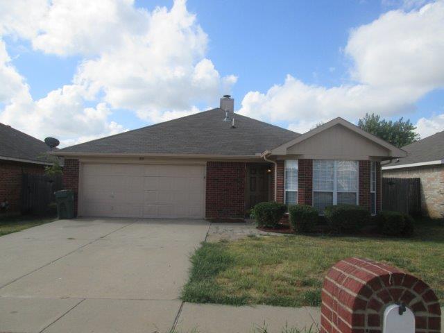 Rental Homes for Rent, ListingId:35367495, location: 810 Gemstone Trail Arlington 76002