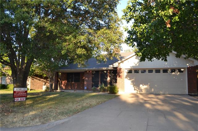 Rental Homes for Rent, ListingId:35374471, location: 204 Meadow Lane Aledo 76008