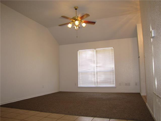 Rental Homes for Rent, ListingId:35384313, location: 208 Joshua Boulevard Joshua 76058